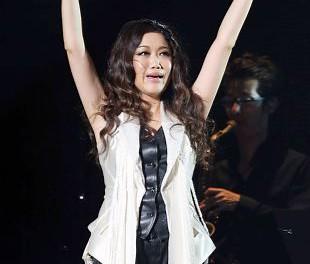 JUJU感涙!全国ツアー最終公演で「ここまで連れてきてくださった皆さんに、心からお礼を言いたいです」