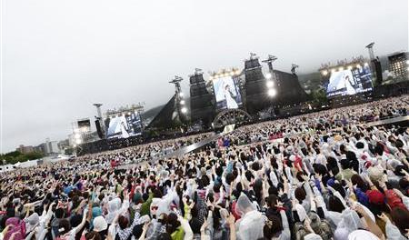 GLAY 5万人ライブの客、大雨で帰りの特急が終日運休…止まらぬ電話