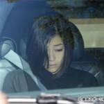 【画像】宇多田ヒカル、カメラの前に姿を現す 母・藤圭子さんと無言の対面