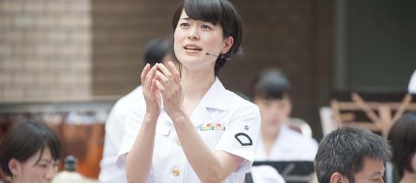 【オリコン】海自の歌姫・三宅由佳莉、デビュー作『祈り~未来への歌声』がクラシック部門1位 …9/9付オリコン週間ランキング