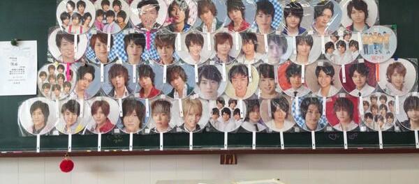 【画像あり】女子校の教室が凄まじいことになってるwwwwwwwwwwwww