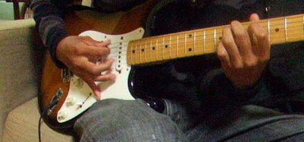 ギター始めて2年だけど弾き方について質問がある
