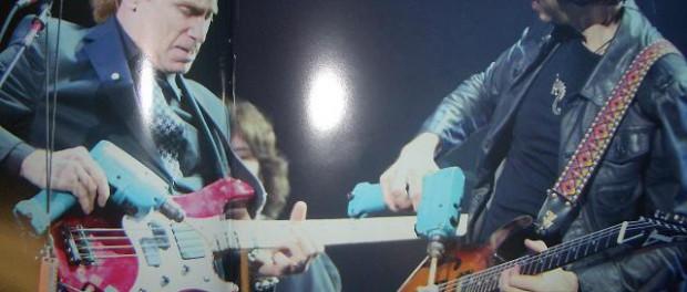 ギタリストってなんで工具箱持ってんの?