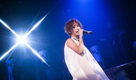 大塚愛「10年ほんとにありがとう。11年目からもよろしく!」…ファンクラブ限定プレミアムライブで「Re:NAME」など全21曲を披露