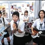 文化祭でバンド演奏する奴wwwww