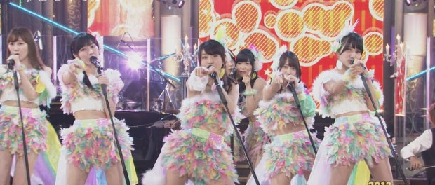 放送事故wwwAKBの生歌が酷いwwwwwwwww(AKB48 2013FNS歌謡祭 ヘビーローテーション 鈴懸なんちゃら 動画 画像45枚)