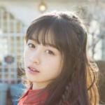 橋本環奈(15)が本格グラビアで魅力全開、「天使すぎる」オフショット披露