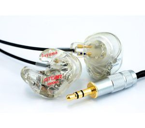 【イヤホン】IE80のような低音を鳴らしつつも中高域も鮮明な機種ある?