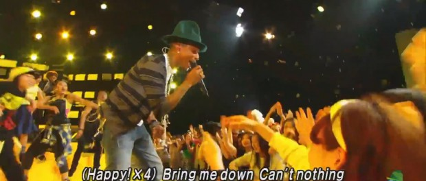 ファレル・ウィリアムスがMステにて日本初パフォーマンス!ダンサー・観客とHAPPYが溢れる映像に(MUSIC STATION 2014-5-16 ファレル・ウィリアムス HAPPY 動画 画像あり)