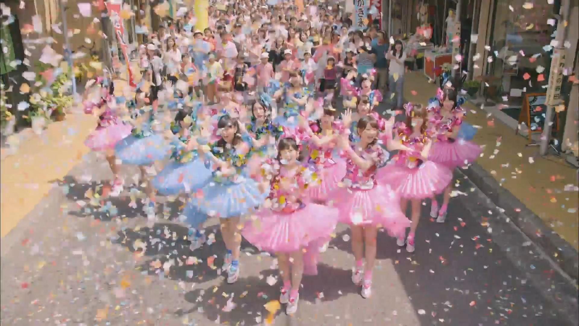 AKB48新曲「心のプラカード」のMVが「恋するフォーチュンクッキー」に似てると話題にwwww(動画あり)