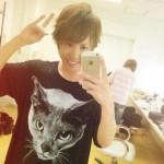 ただの清春ファンのシドのマオさん、清春から猫のアンディーくんTシャツを貰い大喜び(画像あり)