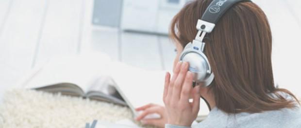 勉強する時に音楽聴いてる奴wwwwwwwwwwww