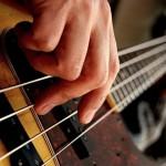音楽三大事実「ベースは聞こえないから要らない」「吹奏楽に指揮者は要らない」
