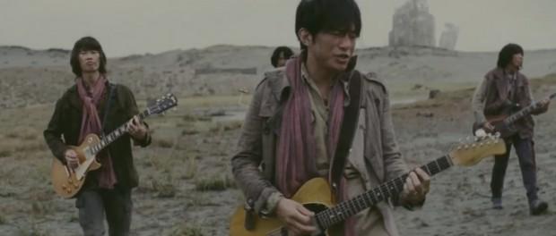ミスチル新曲「足音 ~Be Strong」のMV解禁キタ━━━━(゚∀゚)━━━━!!(動画・画像あり)