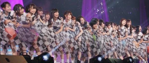 【悲報】乃木坂46、1stアルバム5940円wwwwwwww 発売日:2015年1月7日