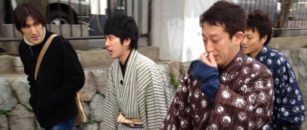 嵐・二宮和也、京都(四条河原町、三条、鴨川、伏見稲荷)で目撃されるwwwwwwwwwwww ニノさんのロケか?(盗撮画像あり)