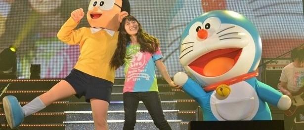 miwaの新曲「360°」が映画ドラえもん最新作の主題歌に決定!ライブにドラえもんとのび太が駆けつけ発表(画像あり)