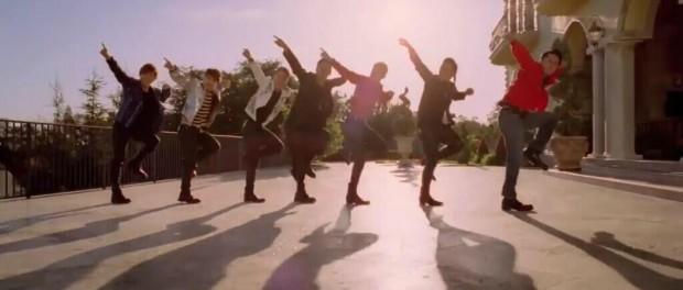 EXILEとか三代目JSBのダンサーって歌の邪魔になってね?