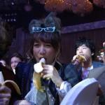 FNS歌謡祭2014で西川貴教、高橋みなみ、槇原敬之、秦基博、May J.がバナナ食ってたんだがwwwwww(画像あり)