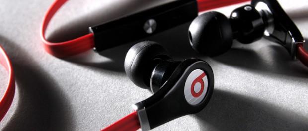 イヤホンつけて音楽聴きながら勉強してる馬鹿wwwwwwwwwwww