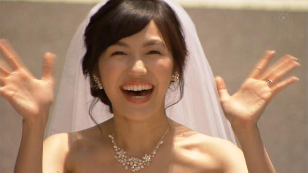 まゆゆ-結婚-07