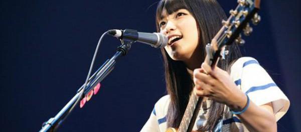 miwaのギター背負った後ろ姿wwwwwwwww(画像あり)