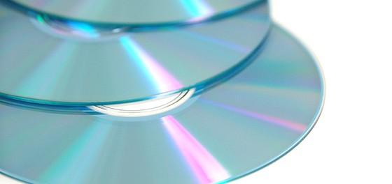 音楽業界「なんでシングルCDが売れないんや…」