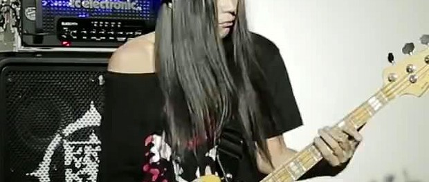 RIZEのKenKenが片手でベースを弾く動画を公開!!すげぇぇえええええ