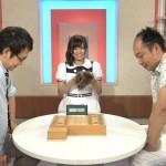 乃木坂46・伊藤かりん、NHKの将棋番組で佐藤紳哉六段からカツラを受け取る(画像あり)