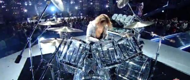 バンドでドラム担当する奴って馬鹿なの?