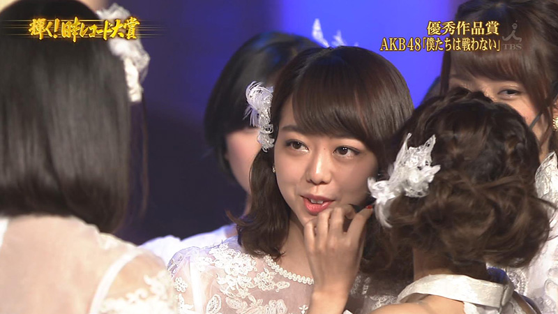 レコ大2015-AKB48-峯岸みなみ-口パク-03