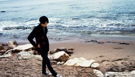 オザケンこと小沢健二、2016年ツアー決定 ツアーでは新曲を中心にやる模様 「魔法的 Gターr ベasス Dラms キーeyズ」(日程あり)