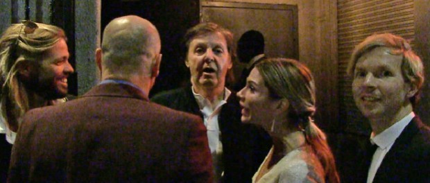 【悲報】ポール・マッカートニーさん、グラミー賞のパーティーで門前払いされる