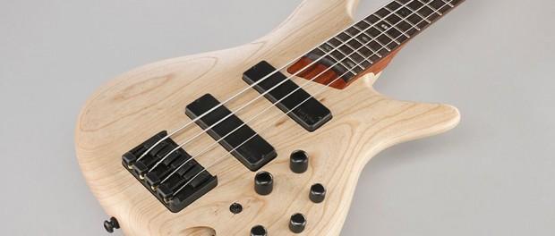 ベースしか弾けないヤツって「ギターよりベースの方が難しい」とか言いだすよな