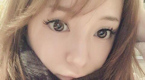浜崎あゆみのインスタの写真が誰だかわからない件