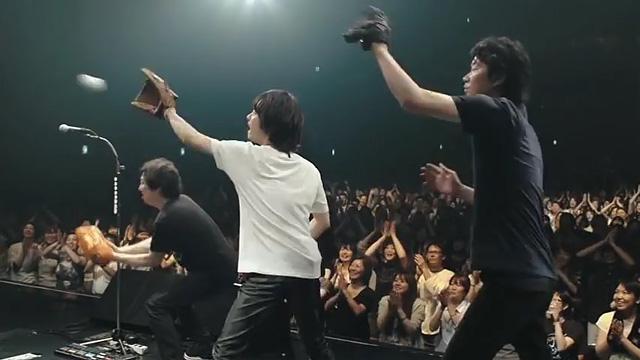 野球 上野樹里 和田唱 キャッチボール 02