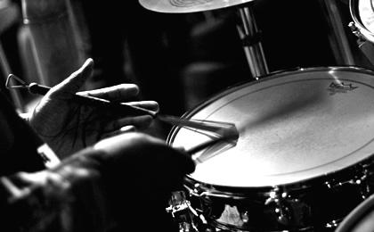 ドラムが人気あるバンドwwwwwwwww