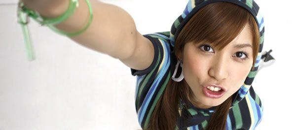 元AKB48の大島麻衣(優子じゃない)って人気もあったのになんで辞めたの?