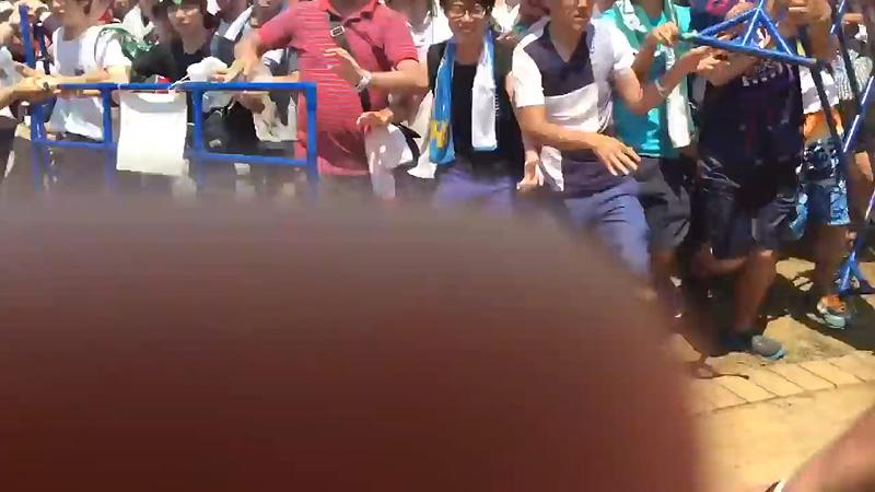 欅坂46 TIF2016 キモヲタ 柵 破壊 04