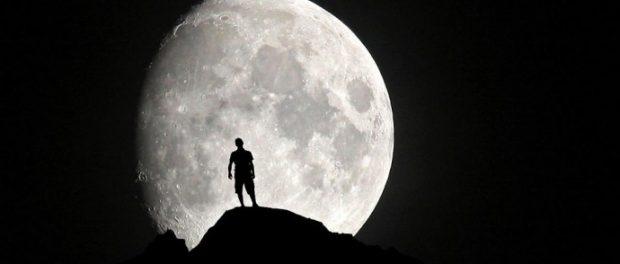 曲名に月が入ってる曲って名曲多いよな? 月からイメージする曲はランキングTOP20