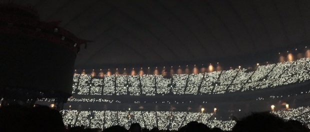 台風の最中行われた東京ドーム公演で、BABYMETALが本物であることを見せ付ける