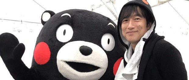 くまモンとミスチル桜井のツーショット写真に反響(画像あり)