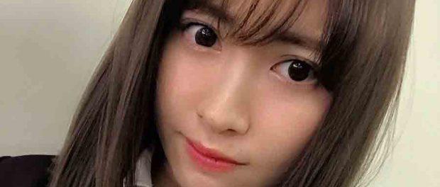 【朗報】小嶋陽菜(28歳)の制服姿、余裕