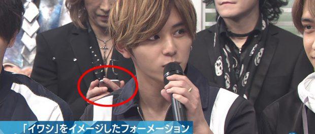 Mステで生放送中にX JAPAN・YOSHIKIがスマホからツイートする様子がオンエアされる放送事故www → ジャニヲタ激怒