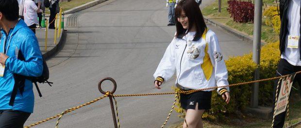 山本彩、超ミニスカで阪神のキャンプ地を訪問wwwwww(画像あり)