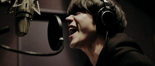 菅田将暉、au三太郎シリーズCMソング「見たこともない景色」でソロデビュー(動画あり)