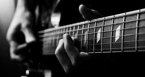 ワイ「エレキギター上手くなりたい」なんJ民「指の皮剥けるまで練習しろ」