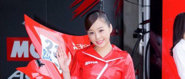 乃木坂46川村真洋そっくりのレースクイーンが見つかる 名字も同じで姉ではないかと話題に