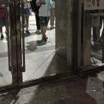 欅坂ヲタク、幕張メッセのガラスを割って逃走wwwwwwwwwww