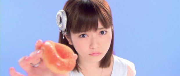 島崎遥香、AKB時代のカレンダーを「こんなもん」と自らディスるwwwwww